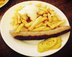 Dine-in Bratwurst!